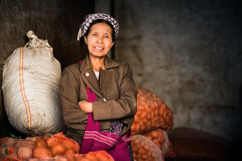 Documentary Travel Portrait Photography by UK London Documentary Portrait Photographer Myanmar Burma Pindaya